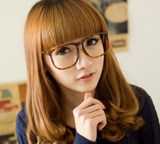 Kiểu tóc uốn cụp ngang vai cho nàng thêm trẻ trung quyến rũ