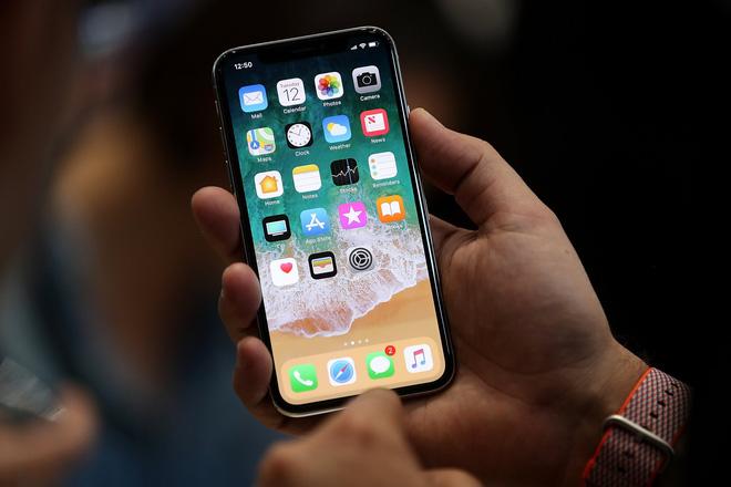 Apple tuyên bố iphone của bạn không nghe lén bạn